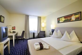 Hotel Motel One Munchen Ostbahnhof