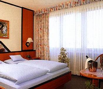 akzent hotel k rner hof a dortmund confronta i prezzi. Black Bedroom Furniture Sets. Home Design Ideas