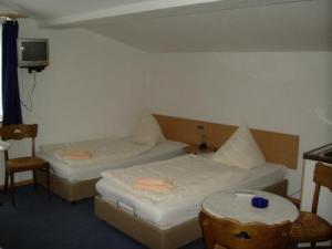 ashok hotel former hotel bockhalle in dortmund compare prices. Black Bedroom Furniture Sets. Home Design Ideas