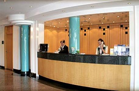 hotel plaza duisburg in duisburg compare prices. Black Bedroom Furniture Sets. Home Design Ideas