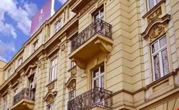 Bg city hotel belgrade a belgrado for Hotel belgrado