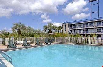 Days Inn North Of Busch Gardens Tampa A Tampa