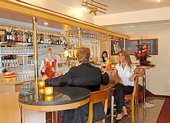 balladins superior airport hotel dortmund in dortmund compare prices. Black Bedroom Furniture Sets. Home Design Ideas