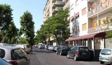Appartamento domus gordiani a roma for Domus arredamenti olevano romano