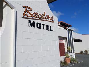 barcelona motel taupo in taupo compare prices. Black Bedroom Furniture Sets. Home Design Ideas