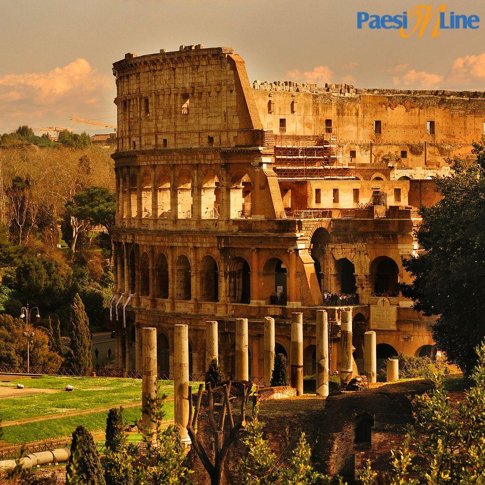 Roma: il Colosseo di giorno