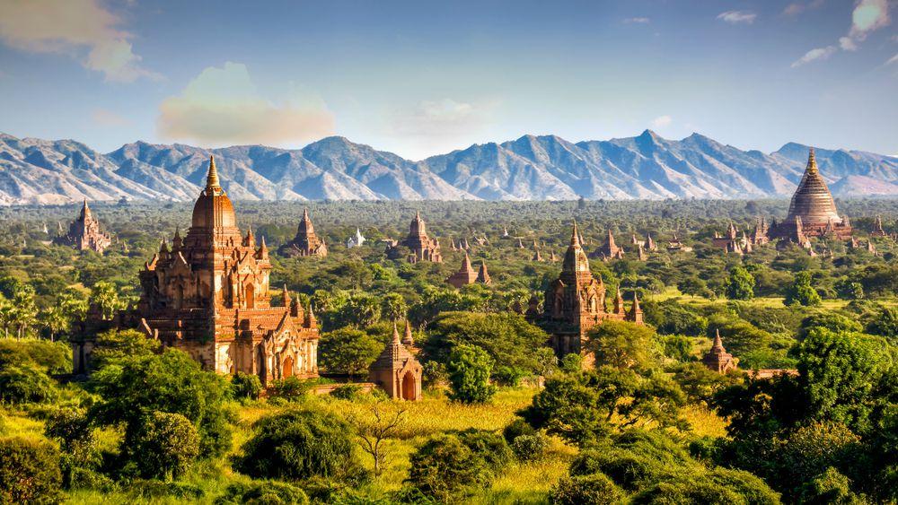 Bagan: la valle dei Templi