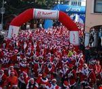 santa_klaus_running