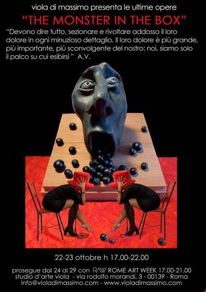 e_monster_in_e_box_viola_di_massimo