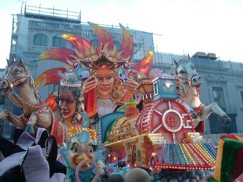 Carnevale_di_Acireale.JPG
