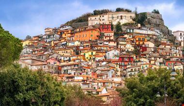 Rocca-di-Papa_136956587-740x492.jpg
