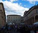 piazza_del_popolo_durante_il_mercatino