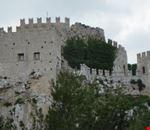 cinte_merlate_castello_di_caccamo