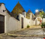 Alberobello_1248729391