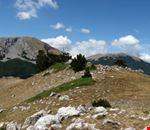 Monte_Pollino_e_Serra_del_Prete_dal_contrafforte_ovest_di_Serra_delle_Ciavole..png