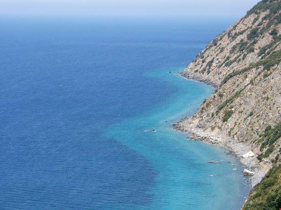 panorama della costa elbana