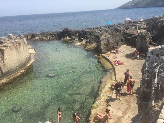 Foto piscina naturale di marina serra a tricase 550x412 - Piscina naturale puglia ...