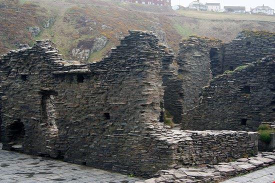 bath tintagel castle