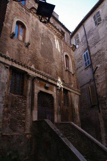 palazzo centro storico tivoli