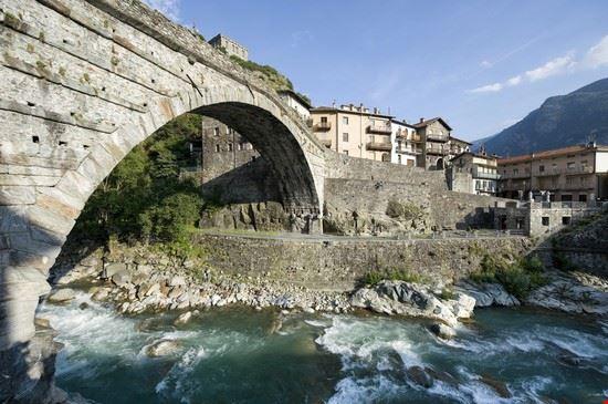 101101 aosta ponte di pietra