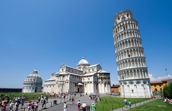 Torre_piazza_dei_miracoli_Pisa