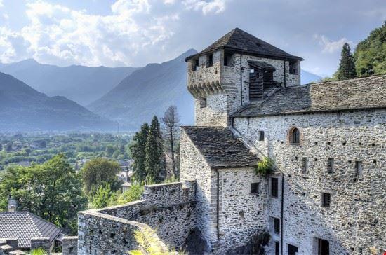 101715 vogogna castello