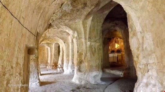 101724 gravina in puglia chiesa grotta san michele