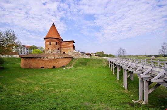 101940 kaunas castello