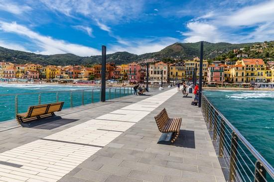 Ufficio Turismo In Alassio : Alassio guida turistica