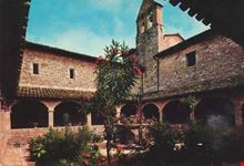 assisi chiostro