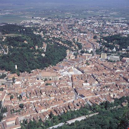 brasov veduta aerea del centro abitato