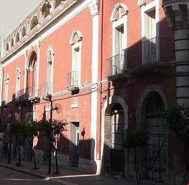 palazzo de gemmis pellicciari