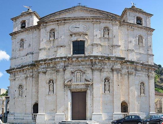 102533 castel di sangro basilica santa maria assunta