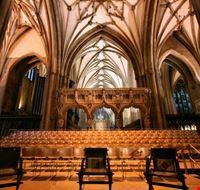 102666 bristol cattedrale