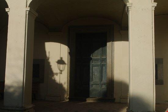ingresso chiesa del palazzo patrizi