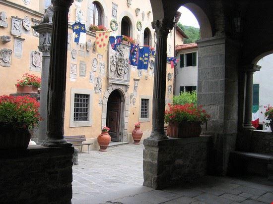 centro storico di cutigliano