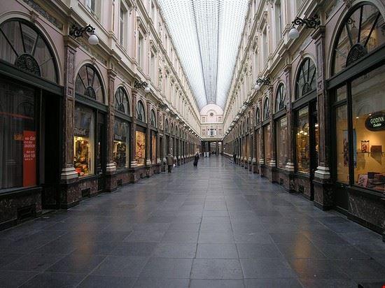 103368 bruxelles galeries st hubert