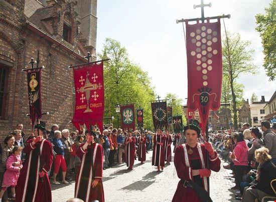 103606_bruges_processione_del_sacro_sangue