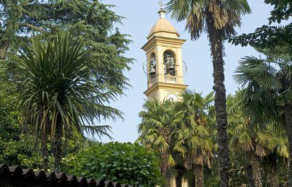 Foto il campanile a carate brianza 425x272 autore - Fapir piastrelle carate brianza ...