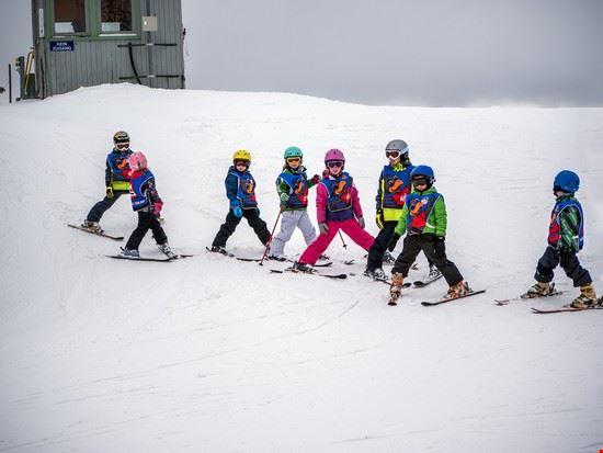 Scuola per giovani sciatori