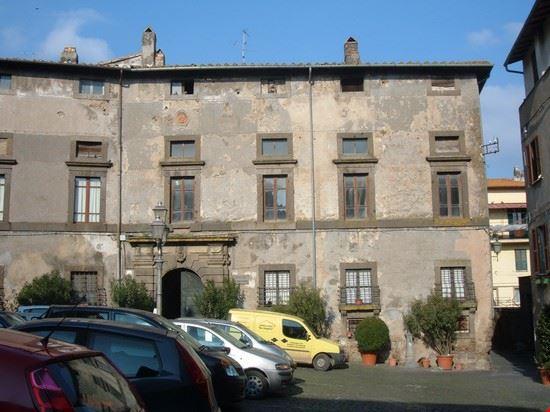 palazzo franciosoni - vetralla