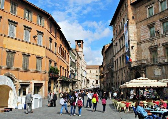 Corso vannucci perugia for Corso arredatore d interni roma