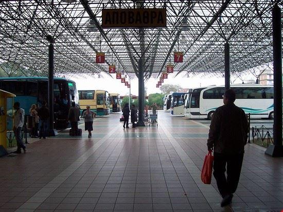 stazione bus pyrgos