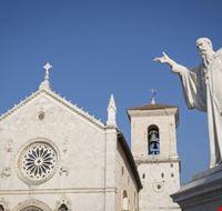 104685 passignano sul trasimeno basilica di san benedetto a norcia