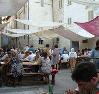 104911 bevagna mercato delle gaite