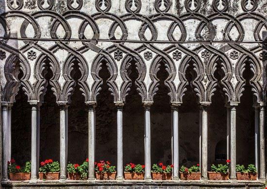 colonne di villa rufolo ravello