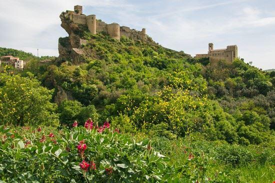 105009 roccascalegna castello