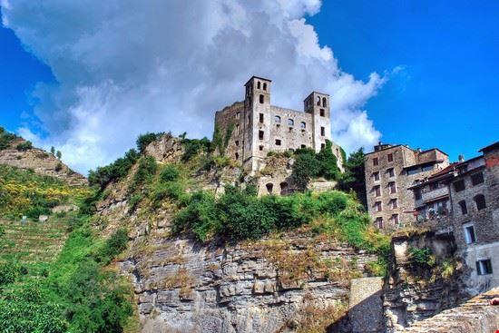 105026 dolceacqua castello doria