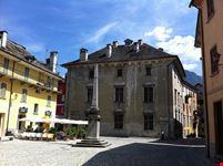 Piazza Chiossi e Palazzo Silva