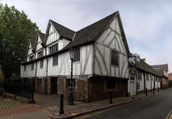 leicester leicester guildhall